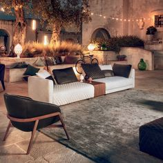 Get inspired by the Apulian dream and discover the stunning elegance of our Melpot sofa: design and style to create harmonious living