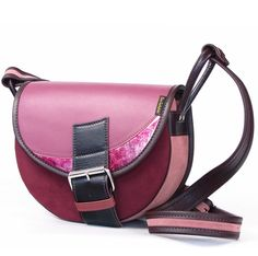 LEATHER SHOULDER BAG WOMEN FRESHMAN 511 via Vintage Leather Bags. Click on the image to see more!