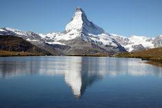 馬特洪峰 Matterhorn - 三湖健行  http://www.flickr.com/photos/linolo/11027843955/in/set-72157637091520246#  http://www.flickr.com/photos/linolo/