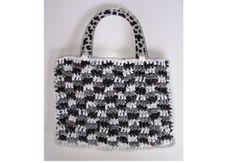 Top 5 Crochet Fashion Trends for Spring 2015: Gingham Plarn Crochet Purse