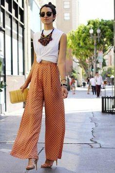 Alô girls! As pantalonas estão com tudo neste verão! Voltaram dos anos 70's para a...