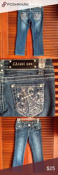 Juniors Jean Capris LA Idol juniors sz0 jean capris. W26 L18 worn only a few times LA Idol Jeans