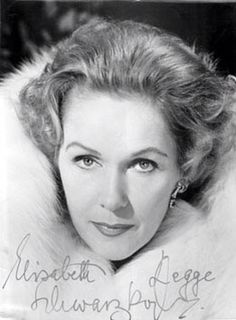 Elisabeth Schwarzkopf (to me she is the best female voice ) Elisabeth Schwarzkopf, Opera Singers, Wet Hair, Good Music, Acting, Actresses, Female, Music Instruments, Goddesses