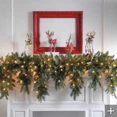 Fireplace Decoration for Christmas Ideas. Christmas is getting closer! Have you thought about celebrating Christmas this year? Perhaps the traditional touch with the Christmas tree, choosin. Christmas Mantels, Noel Christmas, Winter Christmas, All Things Christmas, Christmas Wreaths, Christmas Fireplace Decorations, Xmas Decorations, Outdoor Christmas Garland, Christmas Villages