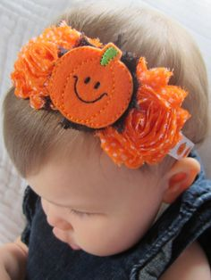 This Halloween headband is just overall a happy little piece. Who couldnt help but smiling when they see this on your little girl? The happy