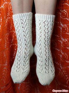 Ravelry: Melody of wool Socks pattern by Liliya Patashka Lace Knitting, Knitting Socks, Free Crochet, Knit Crochet, Wool Socks, Crochet Clothes, Ravelry, Free Pattern, Patterns
