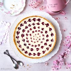 Ystävänpäivän juustokakku | Reseptit | Kinuskikissa Deserts, Pie, Sweets, Baking, Recipes, Food Ideas, Torte, Cake, Gummi Candy