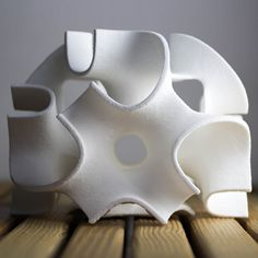 The 'World's First 3D Food Printer' That Prints Pretty Pastry Confections - DesignTAXI.com