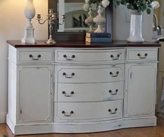 Annie Sloan Old White chalk painted hutch.https://www.facebook.com/perfectlyimperfecthome/
