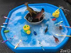 Washing Dinosaurs Tuff Tray Small World Scene Eyfs Activities, Nursery Activities, Dinosaur Activities, Toddler Learning Activities, Infant Activities, Dinosaur Small World, Small World Play, Tuff Tray Ideas Toddlers, Tuff Spot