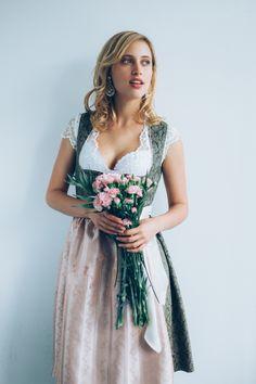 - Dirndl Fashion form Germany - Ludwig & Therese Fashion -