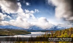 Rondane Mountains and The Atna Lake,  Hedmark County, Norway. Photo: Thorbjorn Liell