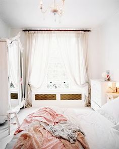 Gorgeous bright white bedroom! Its perfectly elegant