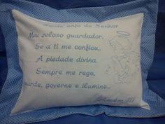 almofada na cor azul