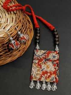 Amazing Kalamkari Fabric Printed Rectanle Pendant Design Handmade Necklace - Women's Jewelry and Accessories-Women Fashion Thread Jewellery, Textile Jewelry, Fabric Jewelry, Diy Jewelry, Jewelry Making, Jewellery Shops, Jewellery Box, Jewellery Storage, Fashion Jewelry