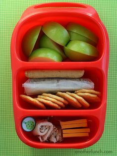 Out of ideas for kids' lunches? Check out  anotherlunch.com!