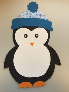 CLASS ART: Window Decoration: Penguin & Freebie - basteln mit kindern - Deco Home Winter Crafts For Toddlers, Toddler Crafts, Diy For Kids, Kids Crafts, Winter Home Decor, Winter House, Decoration Creche, Class Decoration, Christmas Art