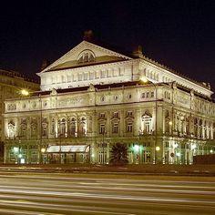 Le théâtre Colon à Buenos Aires : le théâtre Colon est reconnu comme étant l'un des opéras les plus importants d'Amérique. Son acoustique est l'une des meilleures du monde, et le site a déjà accueilli quelques unes des plus belles productions mondiales.