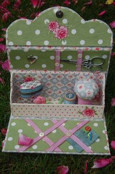 cute sewing box ♥