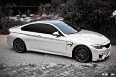 BMW M4.Luxury, amazing, fast, dream, beautiful,awesome, expensive, exclusive car. Coche negro lujoso, increible, rápido, guapo, fantástico, caro, exclusivo.