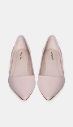Classic Pointed Flat