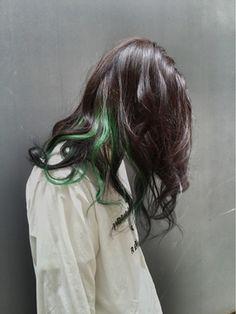 ボリューム(VOLUME)ブラックグリーン