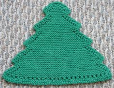 Grandma's Favorite Christmas Tree Dishcloth By Deb's Heartfelt Designs - Purchased Knitted Pattern - (ravelry)