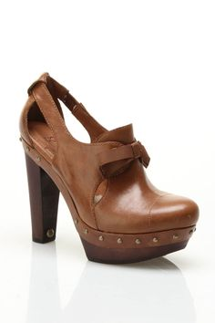 Ugg Ladies' Celestina Pumps with Bows.