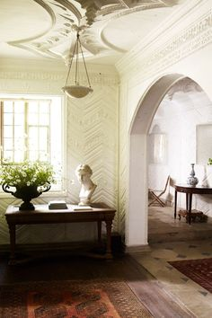 """[i]Original Twenties plasterwork covers the walls of the hall. [/i]  Like this? Then you'll love  [link url=""""http://www.houseandgarden.co.uk/interiors/living-room""""]Living Room Ideas[/link]"""