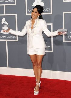Sheila E. in a White Suit and is listed (or ranked) 13 on the list Hot Sheila E. Cheech Und Chong, Black History Month Quotes, Sheila E, White Suits, Prince Rogers Nelson, Purple Reign, All Things Purple, Queen, Hot Girls
