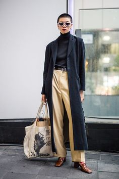 Feast your eyes on the best street style shots from Tokyo Fashion Week Spring 2018 for a lesson in layering tricks. Street style, street fashion, best street style, OOTD, OOTD Inspo, street style stalking, outfit ideas, what to wear now, Fashion Bloggers, Style, Seasonal Style, Outfit Inspiration, Trends, Looks, Outfits.