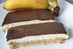 Bananenschnitte mit Qimiq - Rezept Brownie Bar, Brownies, Cheesecake, Food And Drink, Candy, Diet, Desserts, Cooking, Tiramisu