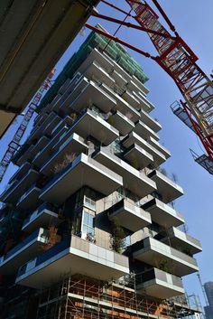 News from the construction site_10 // Vertical Forest, Milan « stefano boeri #terrassen