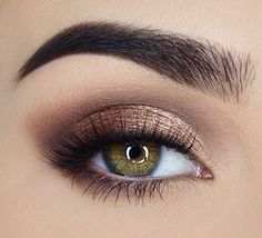 Lid: Luscious & Caramelized, Crease: Charmed, I'm Sure, Highlight: Peaches n' Cream, Line: Tempting