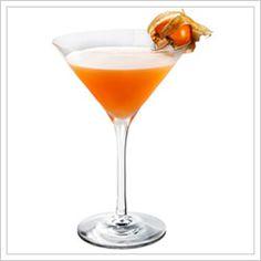 Thanksgiving in Russia: Vodka, Pumpkin puree, hazelnut liquer, lime juice, agave nector #ThanksgivingTable