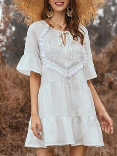 Color : White Fabric : Polyester Style : Bohemian Pattern : Solid Neckline : Jewel The post Tassels Boho Bell Sleeve Beach Tunic Mini Dress appeared first on TD Mercado. Mini Dress With Sleeves, Bell Sleeve Dress, Short Sleeve Dresses, Half Sleeves, Shift Dresses, Short Skater Dress, Casual Dresses, Summer Dresses, Mini Dresses