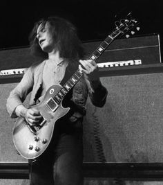 """PAUL KOSSOFF - GUITARIST for FREE = """"I like to move people; I don't like to show off. I like to make sounds as I remember sounds that move me. My style is very primitive but at the same time it has developed in its own sense. I do my best to express myself and move people at the same time."""" - KOSS ==== READ MORE @ http://popdose.com/caught-on-tape-paul-kossoff-free-man-at-last/"""