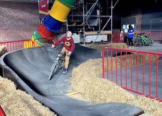 Sportopia in Antwerpen is jouw plek! Staycation, Travel With Kids, Grandchildren, Road Trip, Meet, Activities, Fun, Road Trips, Hilarious