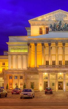 The Grand Theatre in Warsaw (Polish: Teatr Wielki w Warszawie), the Grand Theatre —National Opera (Polish: Teatr Wielki—Opera Narodowa) Visit Poland, Poland Travel, Warsaw Poland, Thinking Day, Central Europe, Covent Garden, Kirchen, Eastern Europe, Architecture