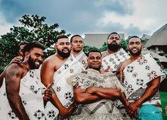Groom in his kuta attire and the groomsmen in the masi attire. Polynesian Culture, Kuta, Fiji, Groomsmen, Warriors, Faces, African, Island, Couple Photos