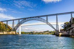Puentes María Pía y Sao Joao detrás  construido entre enero de 1876 y noviembre de 1877
