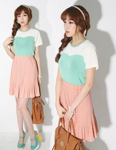 sweetheart colour panel textured top  CODE: MGM940  Price: SG $25.20(US $20.32)