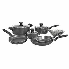 I'm learning all about T-Fal Initiatives 10-piece Cookware Set at @Influenster!