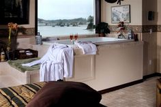 Bathtub with a view at Baywood Shores B & B in Lincoln City, Oregon