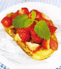 Fattiga riddare med jordgubbar - Icakuriren