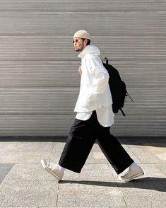 Look Fashion, Timeless Fashion, Fashion Outfits, Japan Men Fashion, Mens Fashion, Mode Hijab, Men Looks, Stylish Men, Casual