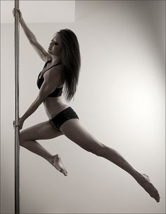 Pole dance | Stefan Weber Photography | #WonderGirl