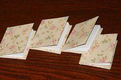 Zápisníček do vrecka z recyklovaných materiálov. / Small notebook from recycled materials.