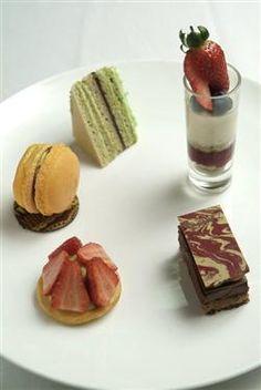 017grand-dessert-buffet-custom.jpg