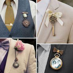 Madalyon, anahtar, saat ve resim çerçeveli damat yaka süsleri sizce de çok farklı görünmüyor mu? #sizcehangisi